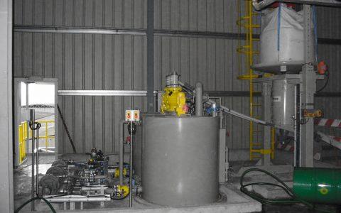 Flexible Förderschnecke nach Big Bag Entleerstation, Ansetzbehälter Soda