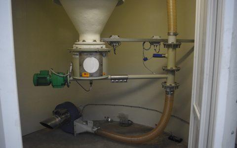 Silo Austrags- und Dosiergerät DDS 400, pneumatische Förderung Kalk
