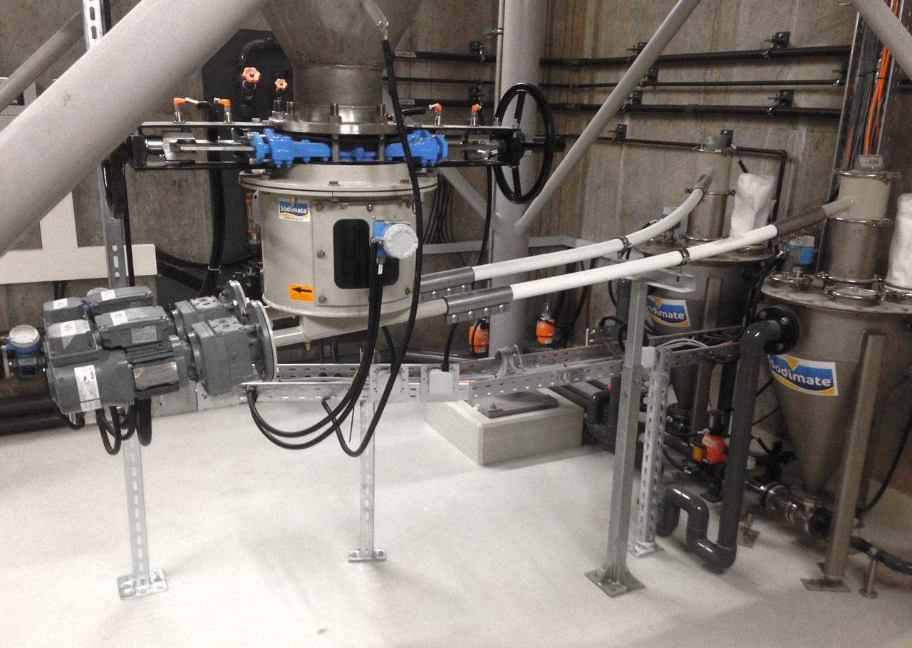 Feststoff-Wasserstrahl-Pumpe