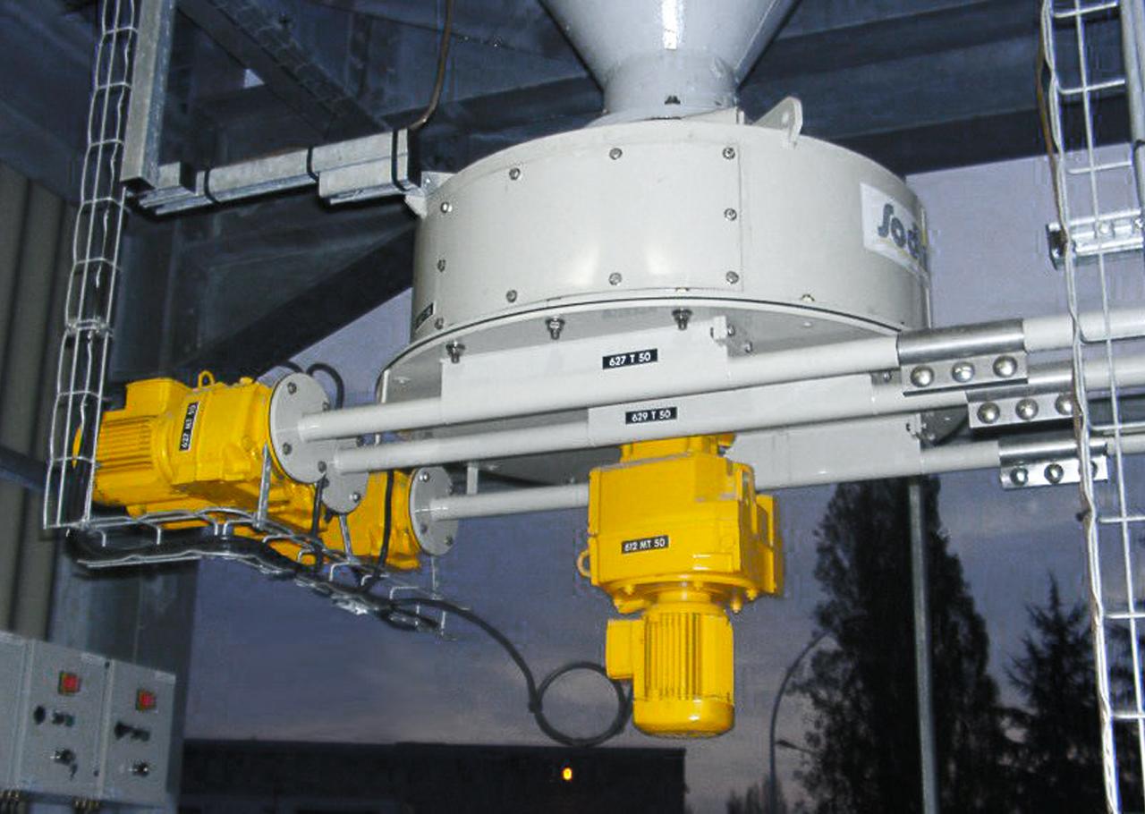 Das Silo Austrags- und Dosiergerät ZCD 800 ist eine rein mechanische Silo Austragshilfe. Der Siloaustrag und die Dosierung erfolgt ohne weiteren Austragshilfen wie Fluidisierung, Vibrationsboden, Rüttler oder Zellradschleusen