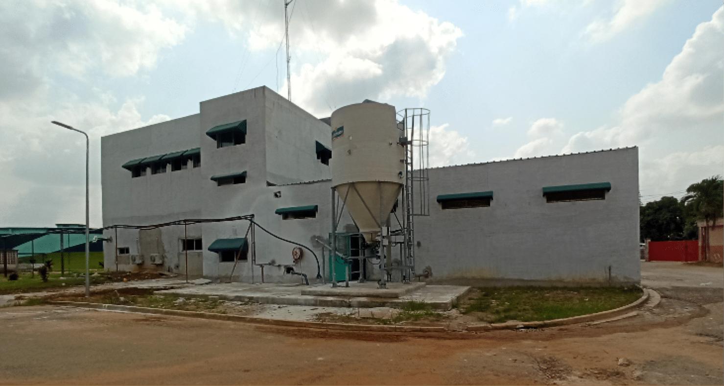 Kalklöschanlage in Abijdjan, Elfenbeinküste